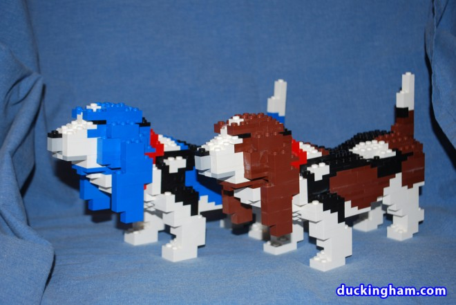 LEGO Dog Sculptures: Basset Hounds