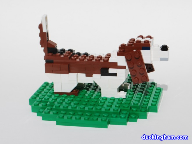image of a LEGO Basset Cake Topper 1